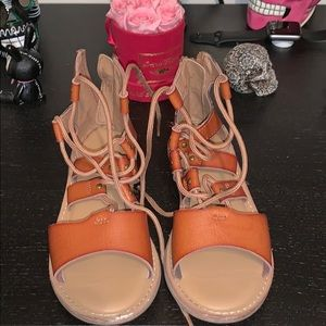 Cute strapy sandals with laces for girls